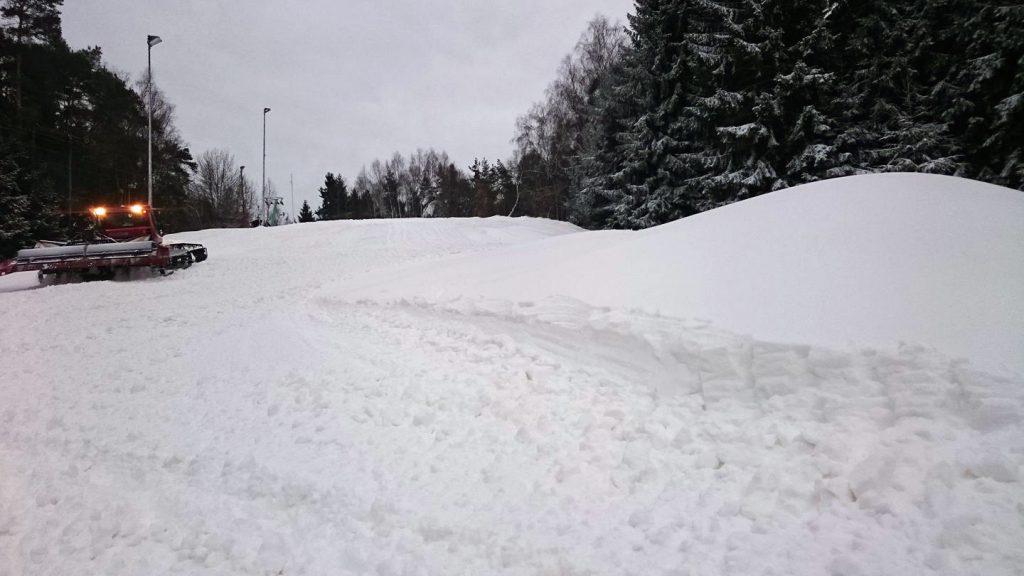 Sobotní úprava sjezdovky ve Schloppachu
